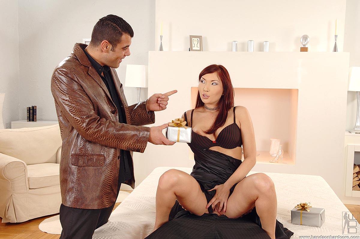 Aisha Angel Actriz Porno hands on hardcore aisha sun aisha enjoys a hot, hardcore sex