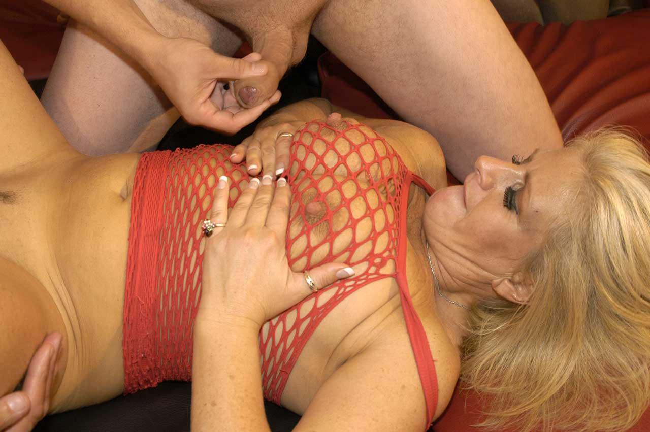 Actrices Porno Africanas Xnostar splat bukkake robyns pornomilf bukkake 449448 - good sex porn