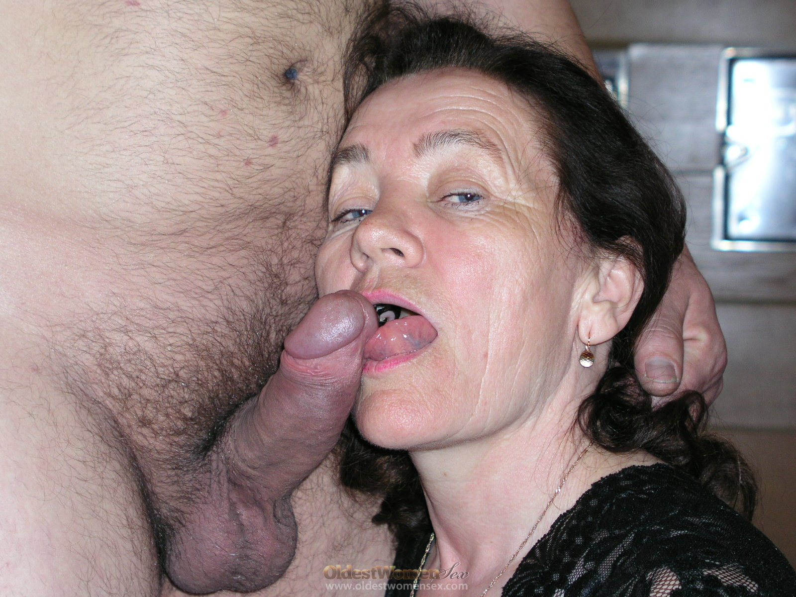 Cock free hairy mature suck video who woman