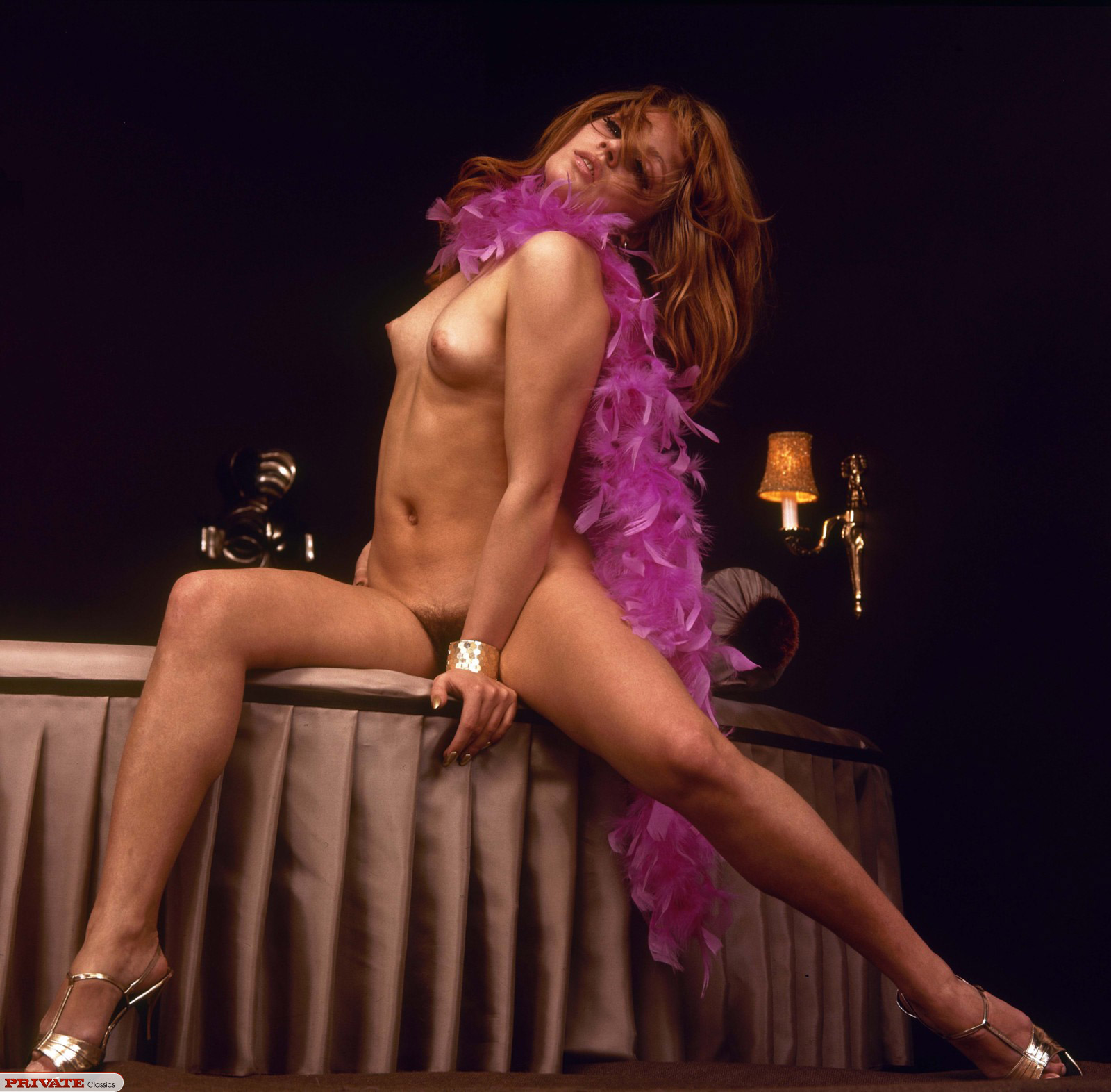 What it's really like to be a burlesque dancer