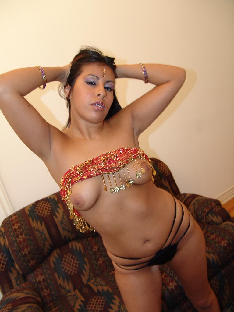 Abusada En Bus India Porno indian porn queens sassy indian beauty rani show off her