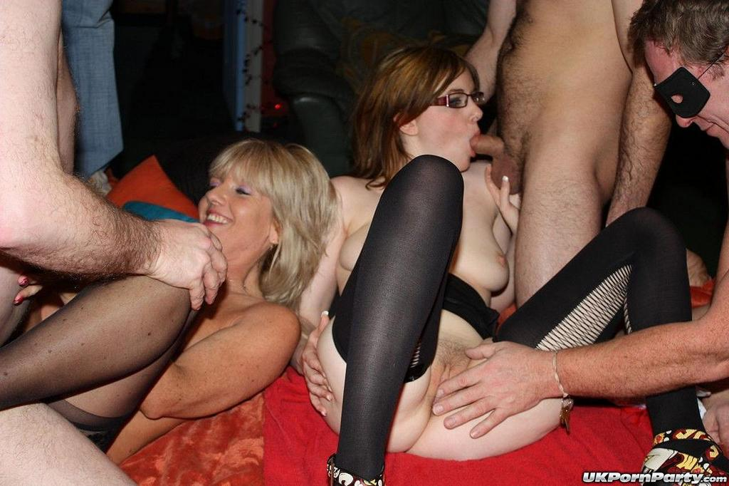 Uk Swingers Porn In Most Relevant