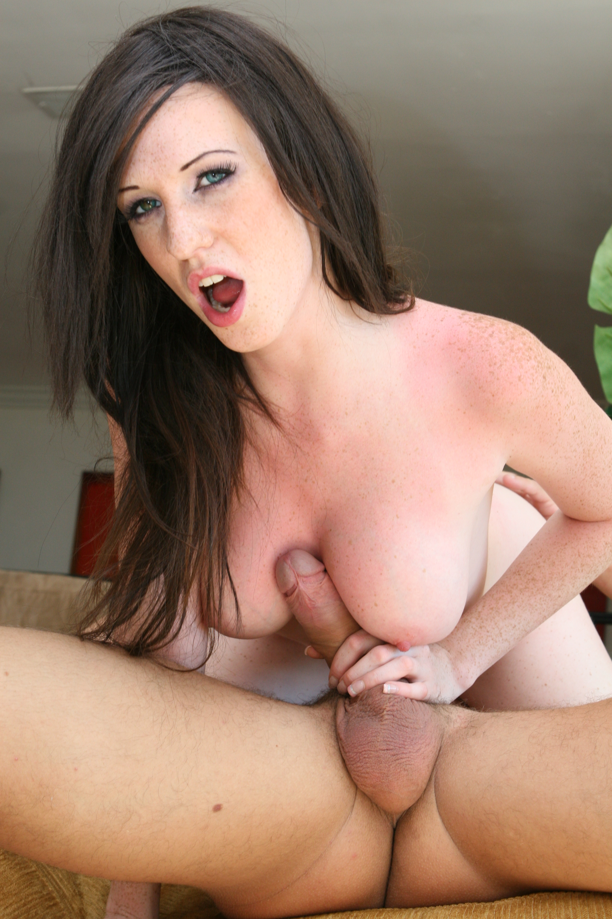 8Teenxx hdv pass christy west the irresistable scent of her sweet