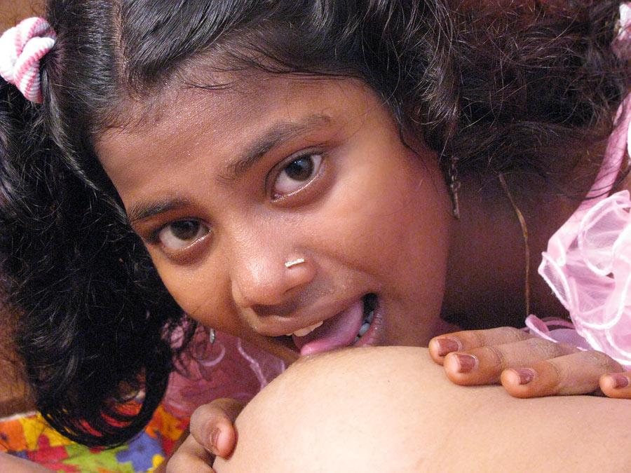 Indian girl lesbian cum