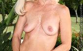 Tabitha Lupien Nude